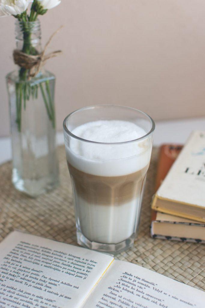 Caffe latté at home