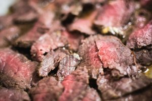 Medium roastbeef close up