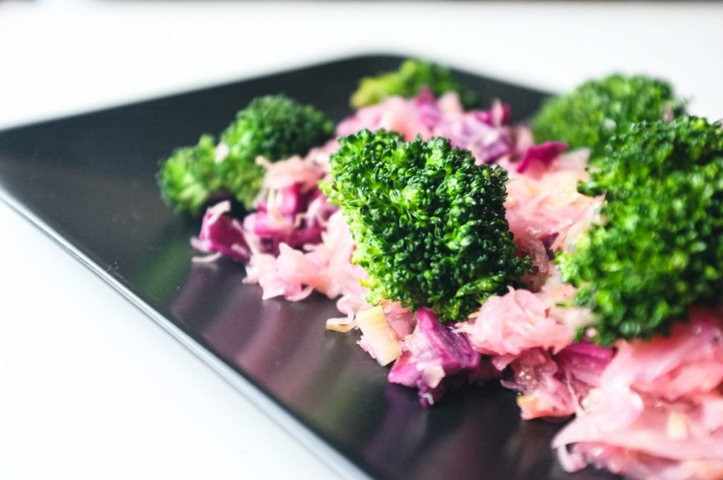 Broccoli with red cabbage