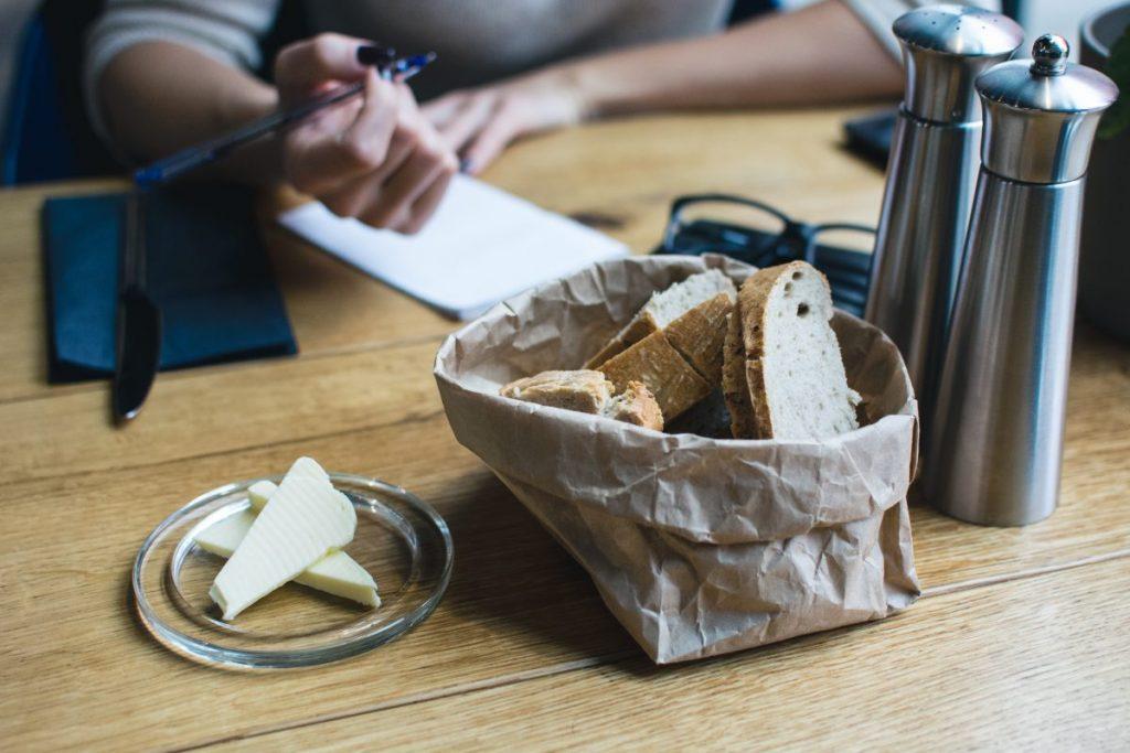 Freshly baked bread with butter starter