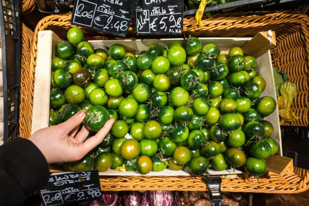 Italian green tomatoes