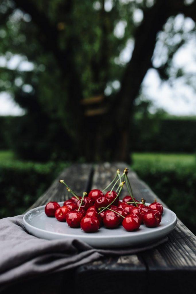 Fresh cherries in the garden