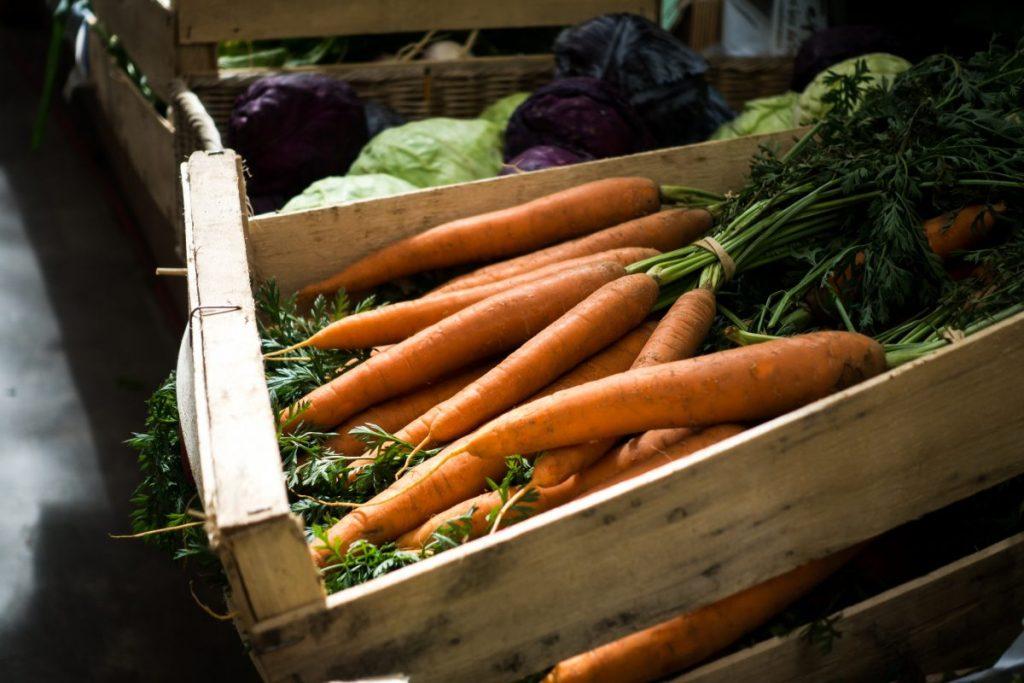 Fresh carrots at farmers market