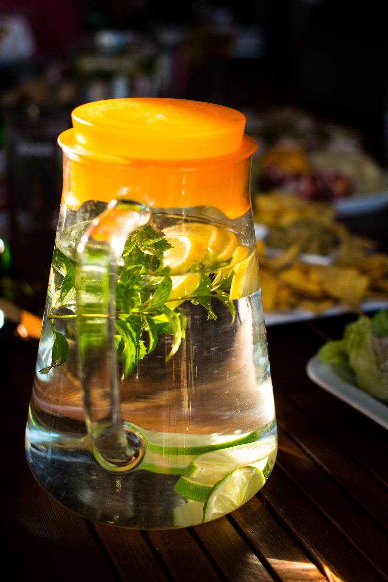Jar with water, mint and lemon