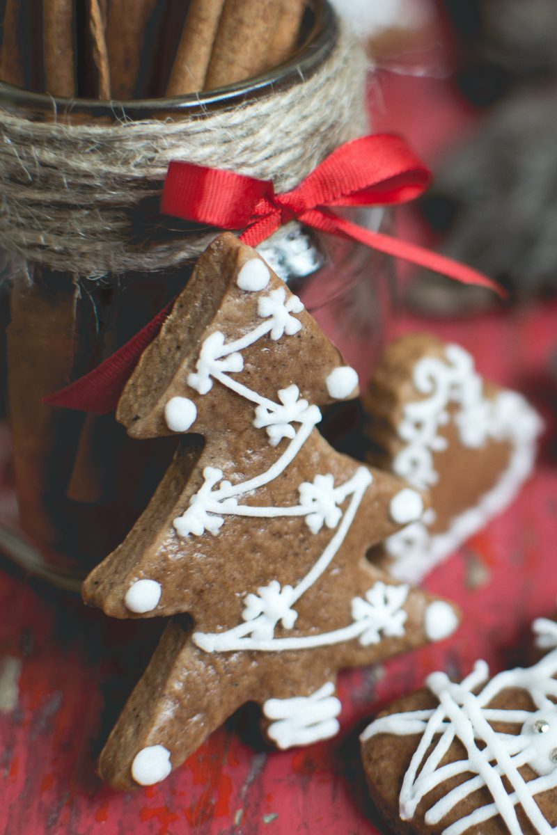 Christmas gingerbread tree detail