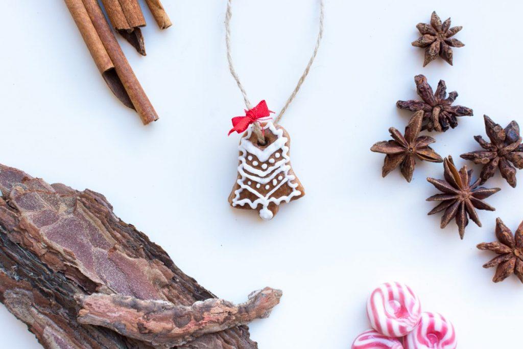 Cute homemade Christmas cinnamon gingerbread