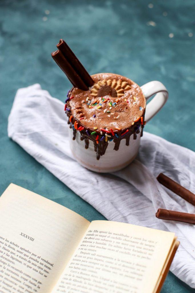 Hot chocolate mug with cinnamon