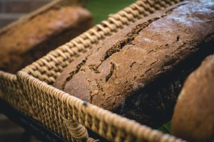Wholewheat cereal bread