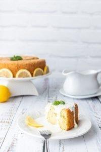 Lemon basil sponge cake