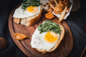 White bread with eggs snack