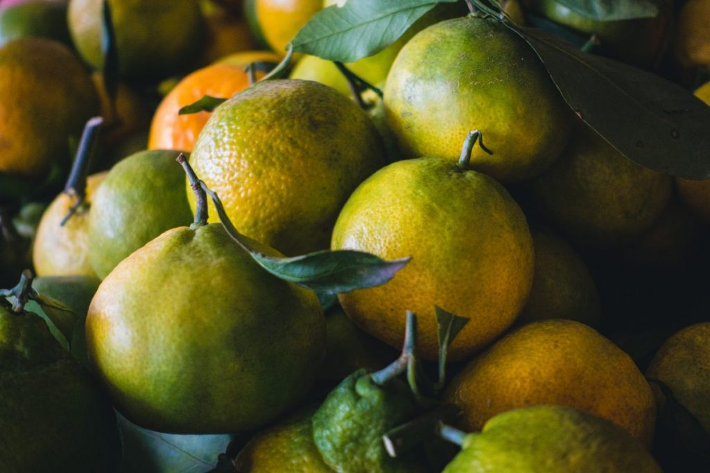 Greenish tangerines