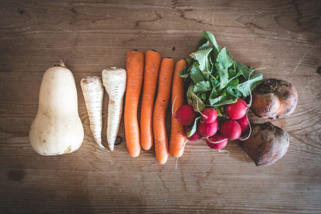 Organic root crops and other vegetables