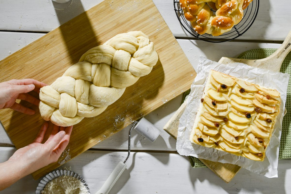 Yeast dough for Eastern baking