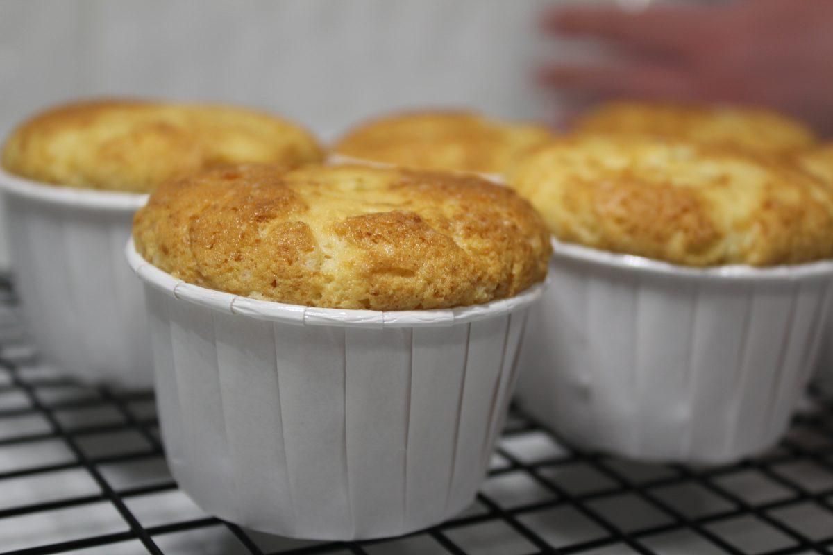 Simple homemade muffin cake
