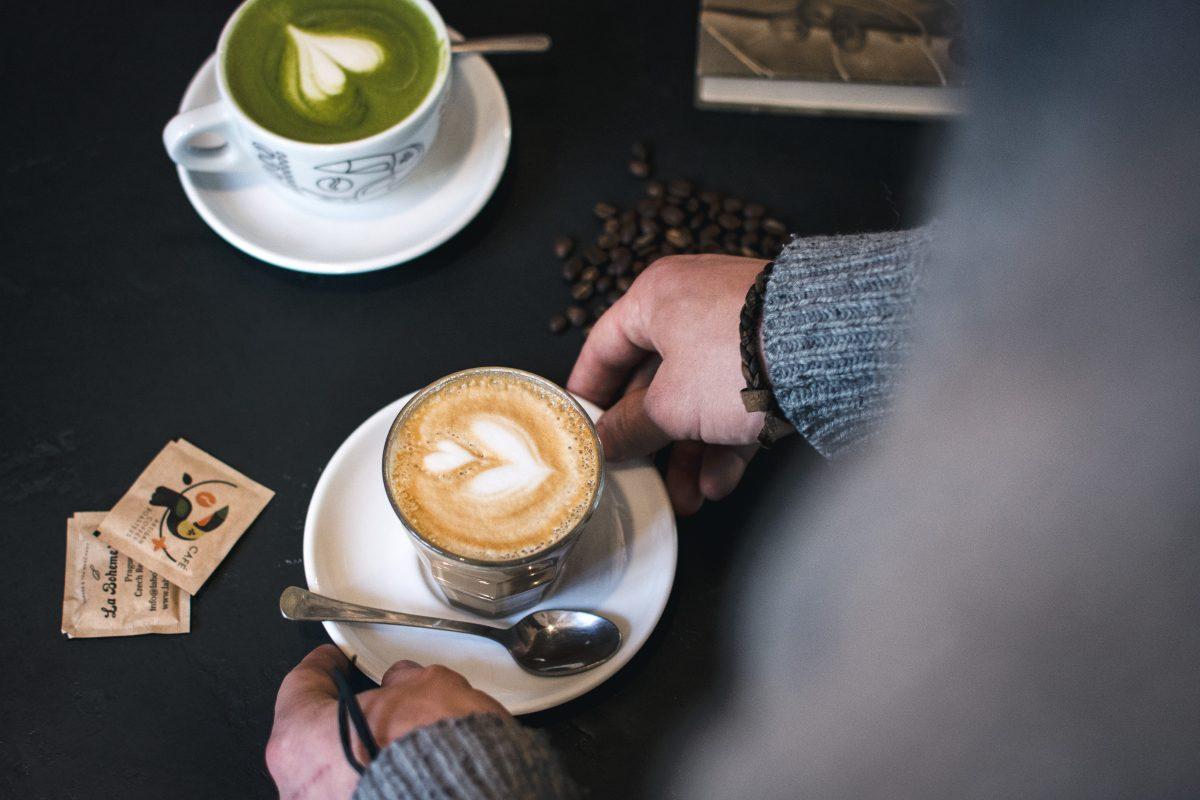 Flatwhite coffee and green Matcha latte